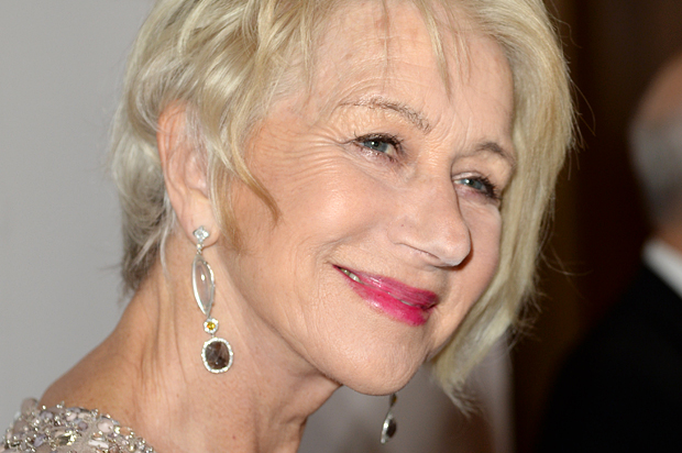 Helen Mirren Slams Hollywood Ageism Quot It S F Ing