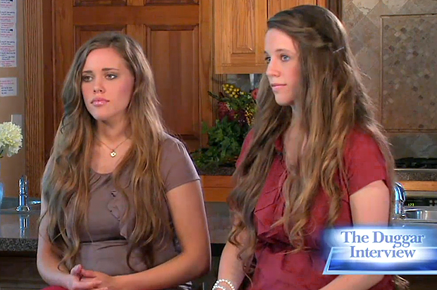 The Duggar Sisters Stay On Script While The Family-Values Empire Melts Before Their -1076