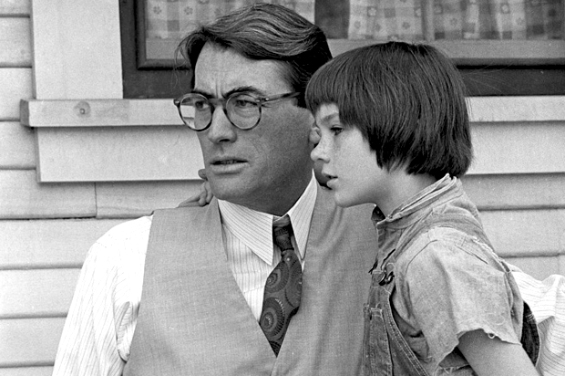 what makes atticus finch a hero essay
