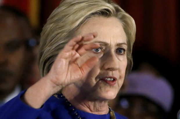 Donald Trump, Hillary Clinton leading nationwide