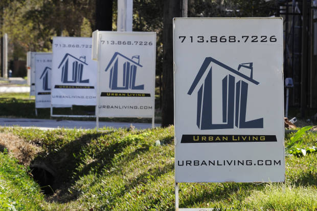 USA home prices up in December, but short of expectations