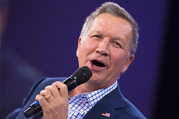 Kasich speaking at a town hall in New Hampshire