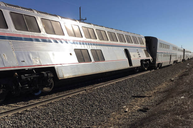 Amtrak with 142 people on board derails near Dodge City
