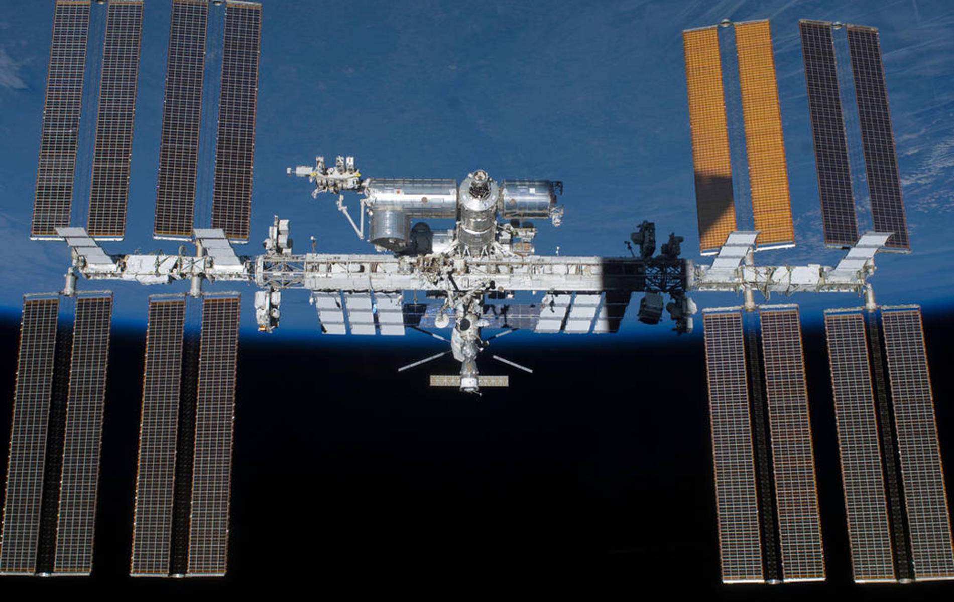 Trump administration wants to privatize International Space Station: report
