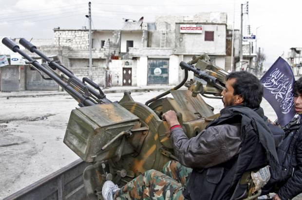 Free Syrian Army rebels in Aleppo in 2013 (Credit: AP/Abdullah Al-yassin)