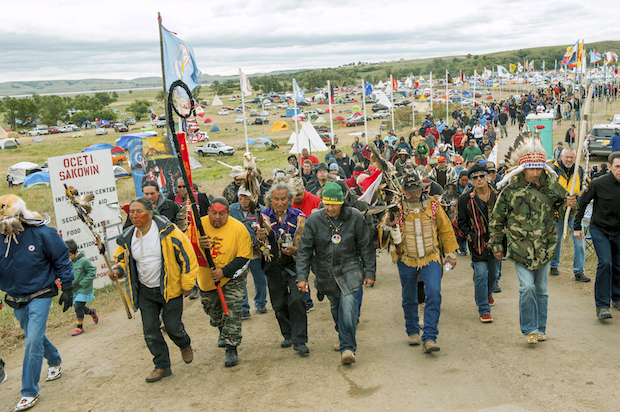 Deadline to leave Dakota Access Pipeline site strikes for protesters