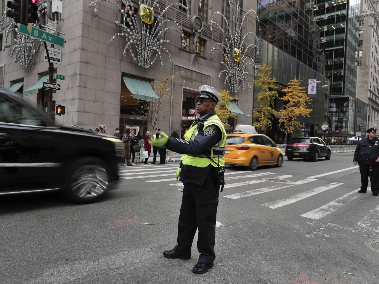 new york city or bill de blasio charges white house million new york city or bill de blasio charges white house 35 million to protect trump tower