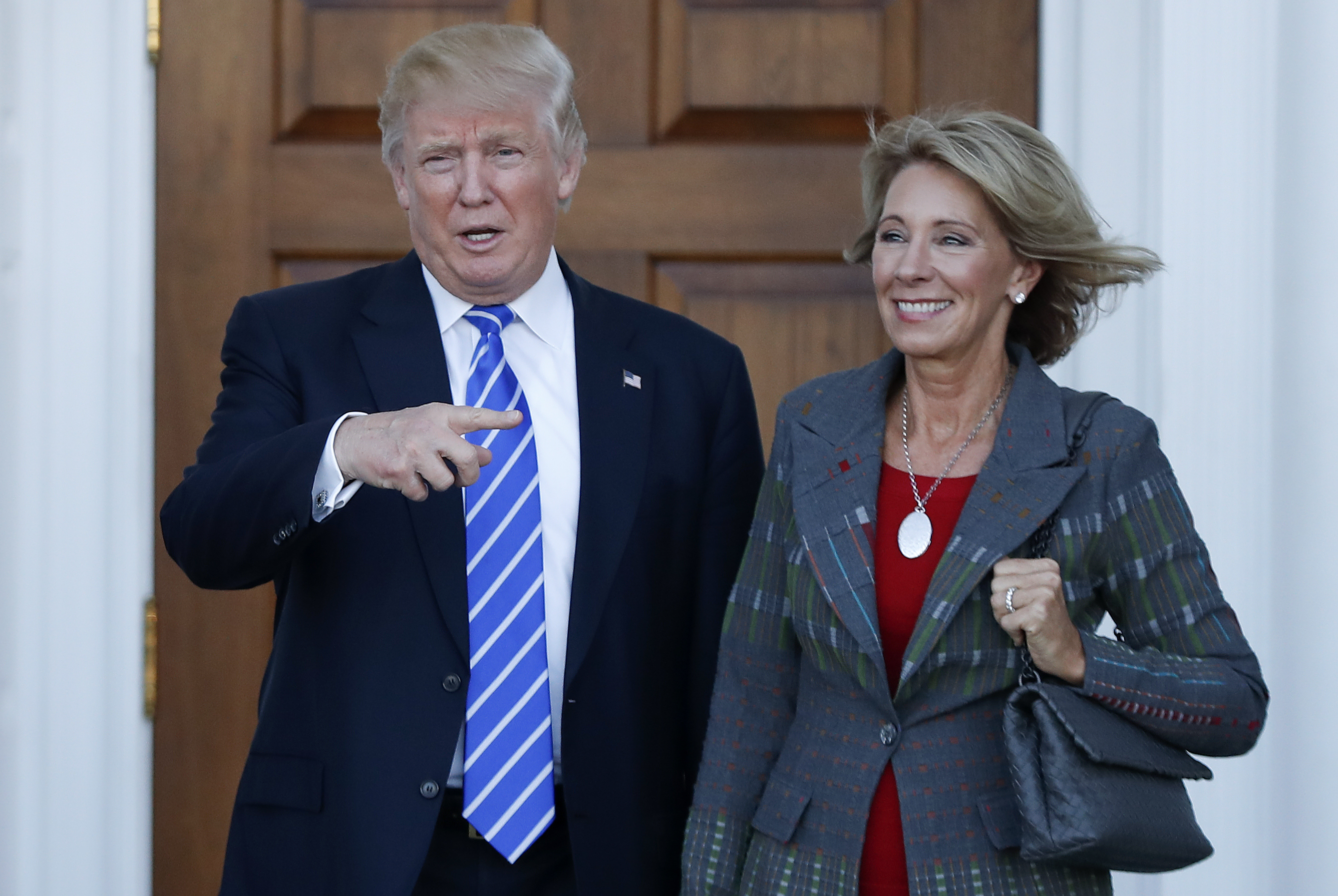 Conflicts Of Devos Donald Trump Betsy >> Questions And Conflicts Betsy Devos Donald Trump S Secretary Of