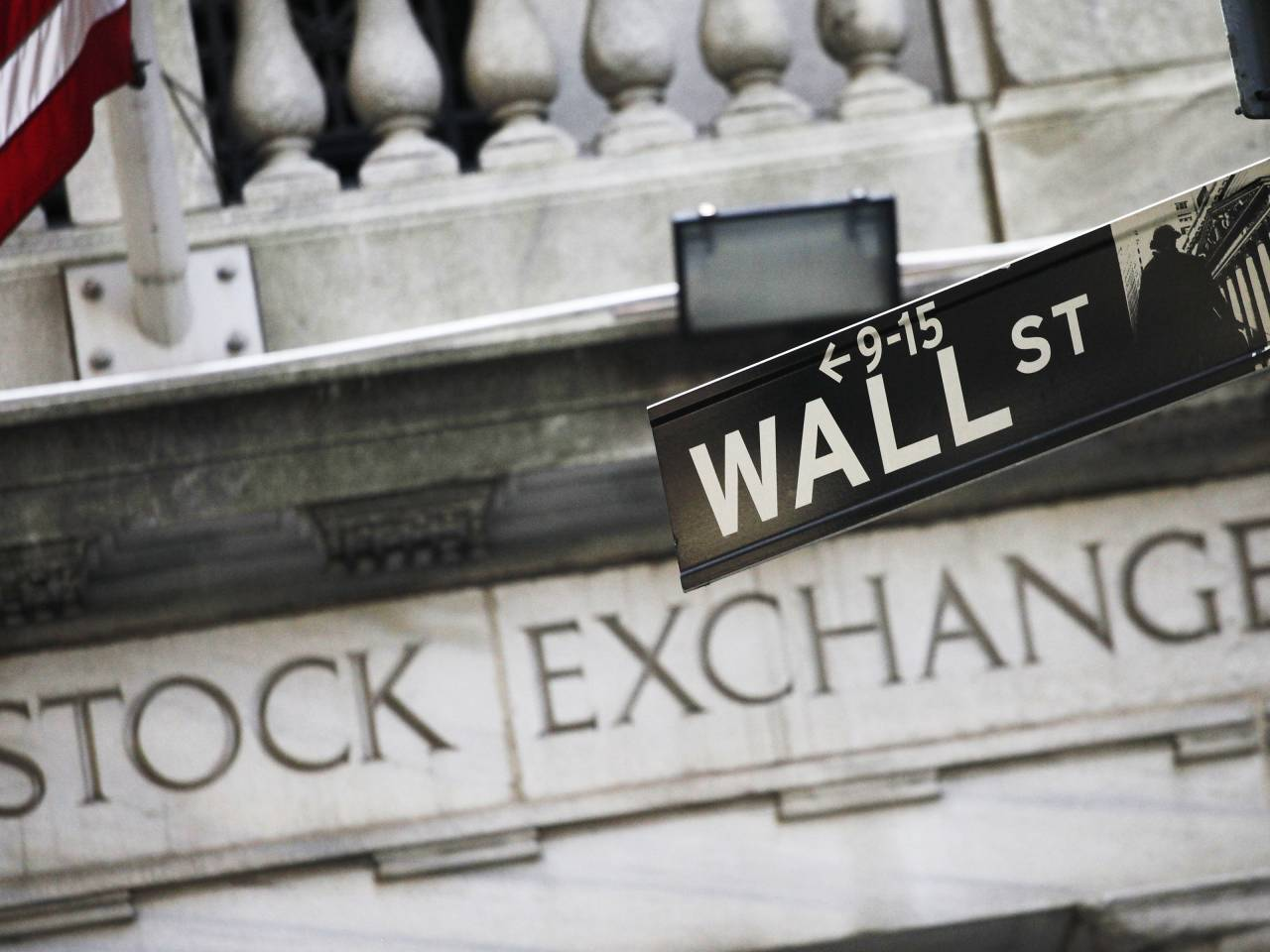 Major stock indexes rise again to new records