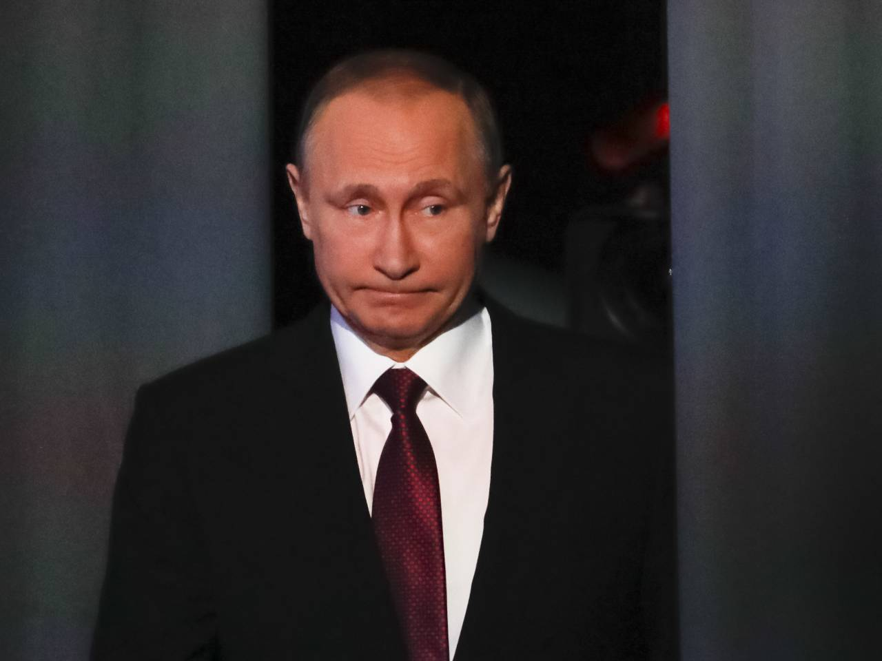 7a8bfb3e00dbc foxnews.com President Trump modifies Obama s sanctions against Russia