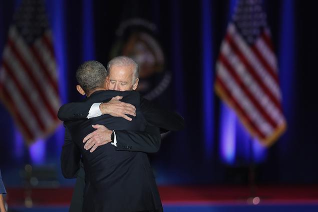 """biden-obama-7"""