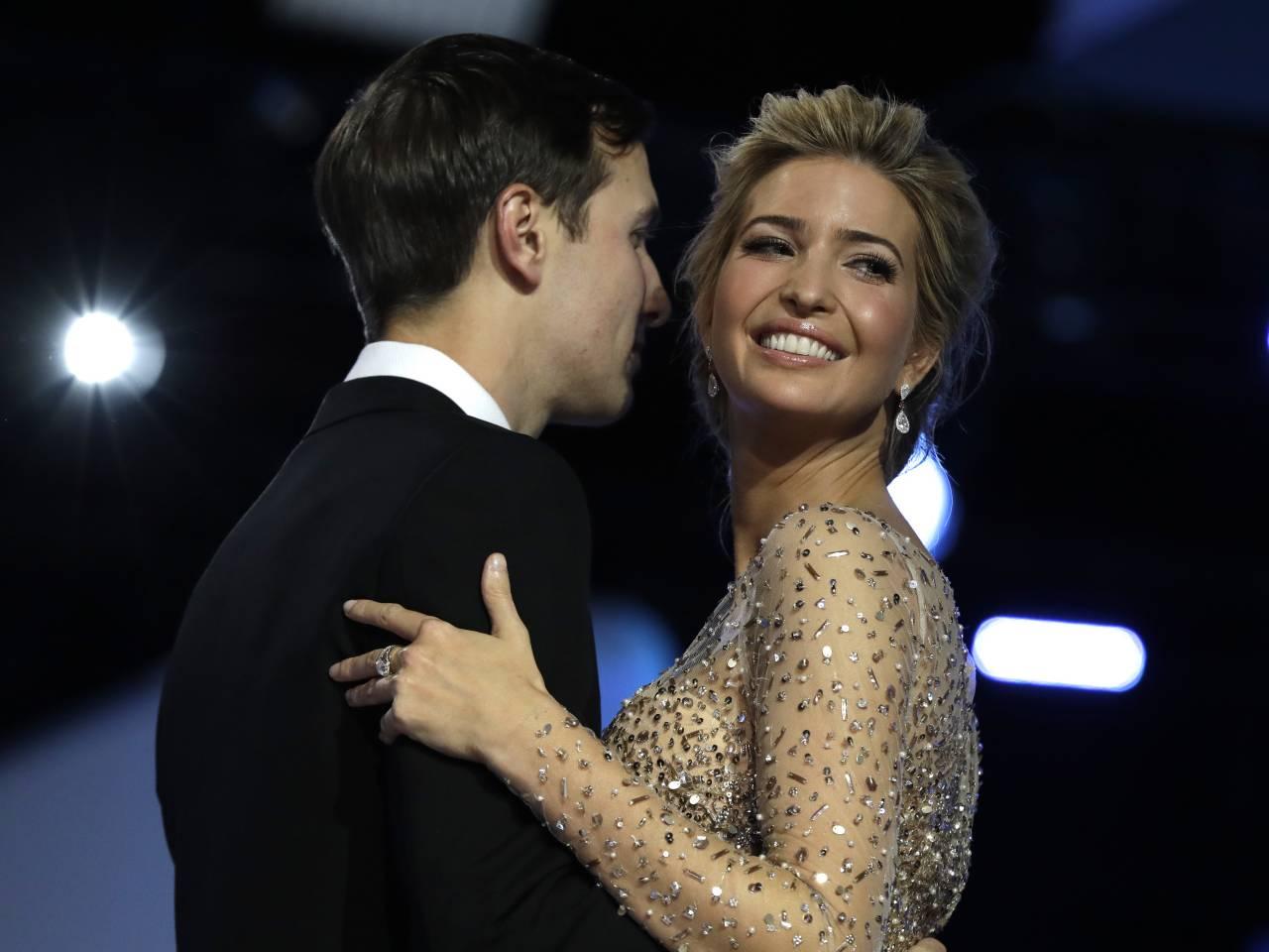 Chelsea Handler trolls Trump with Nordstrom photo