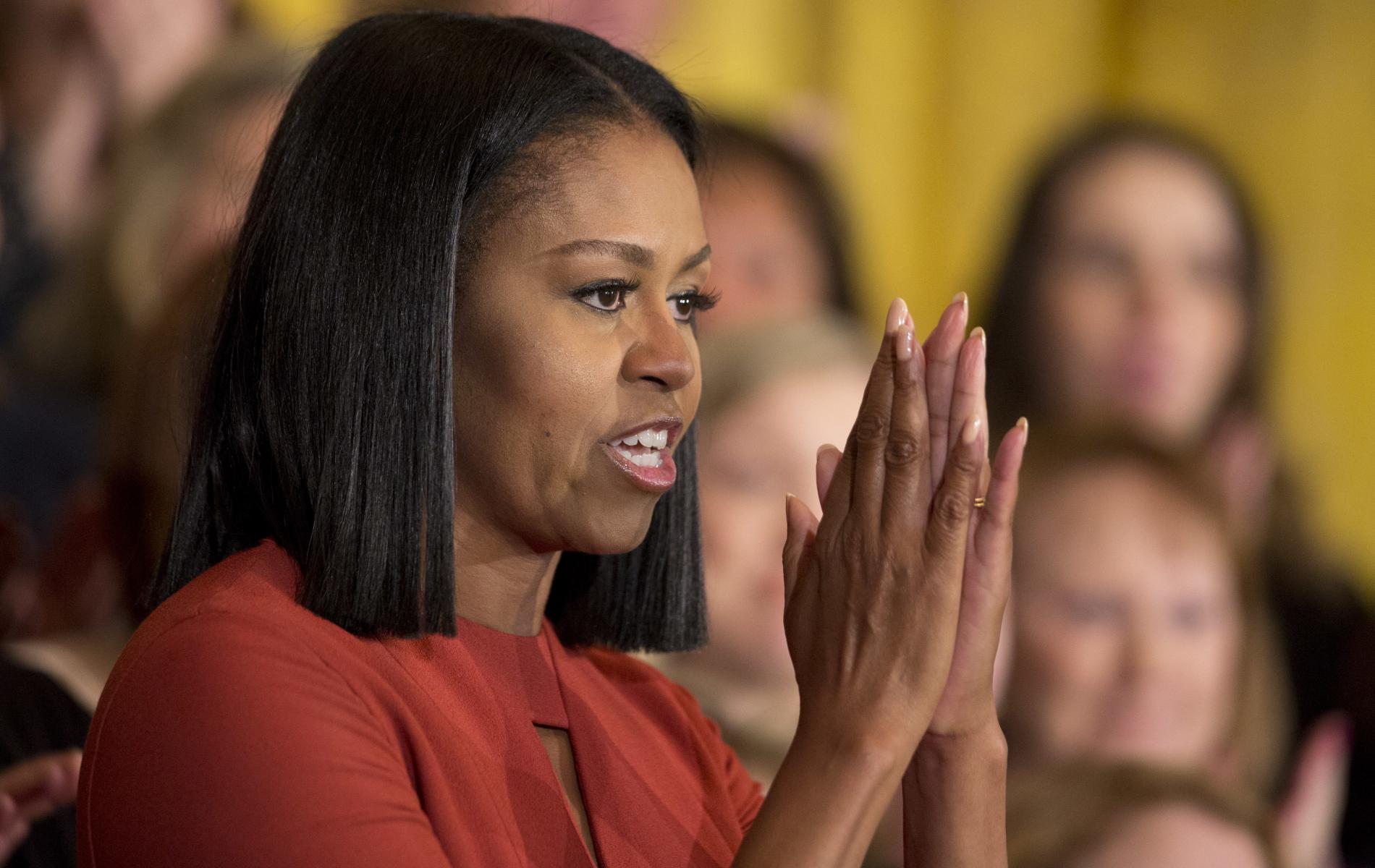 "Michelle Obama pens tweet praising Parkland students: ""we're behind you"""
