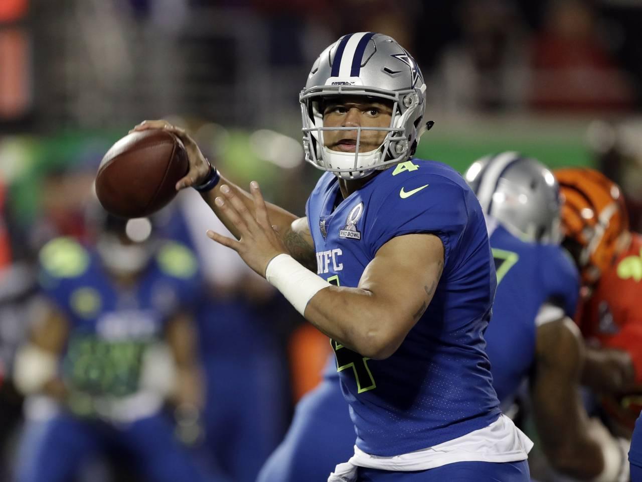Pro Bowl skills challenge airs tonight, featuring Browns' Joe Thomas playing dodgeball
