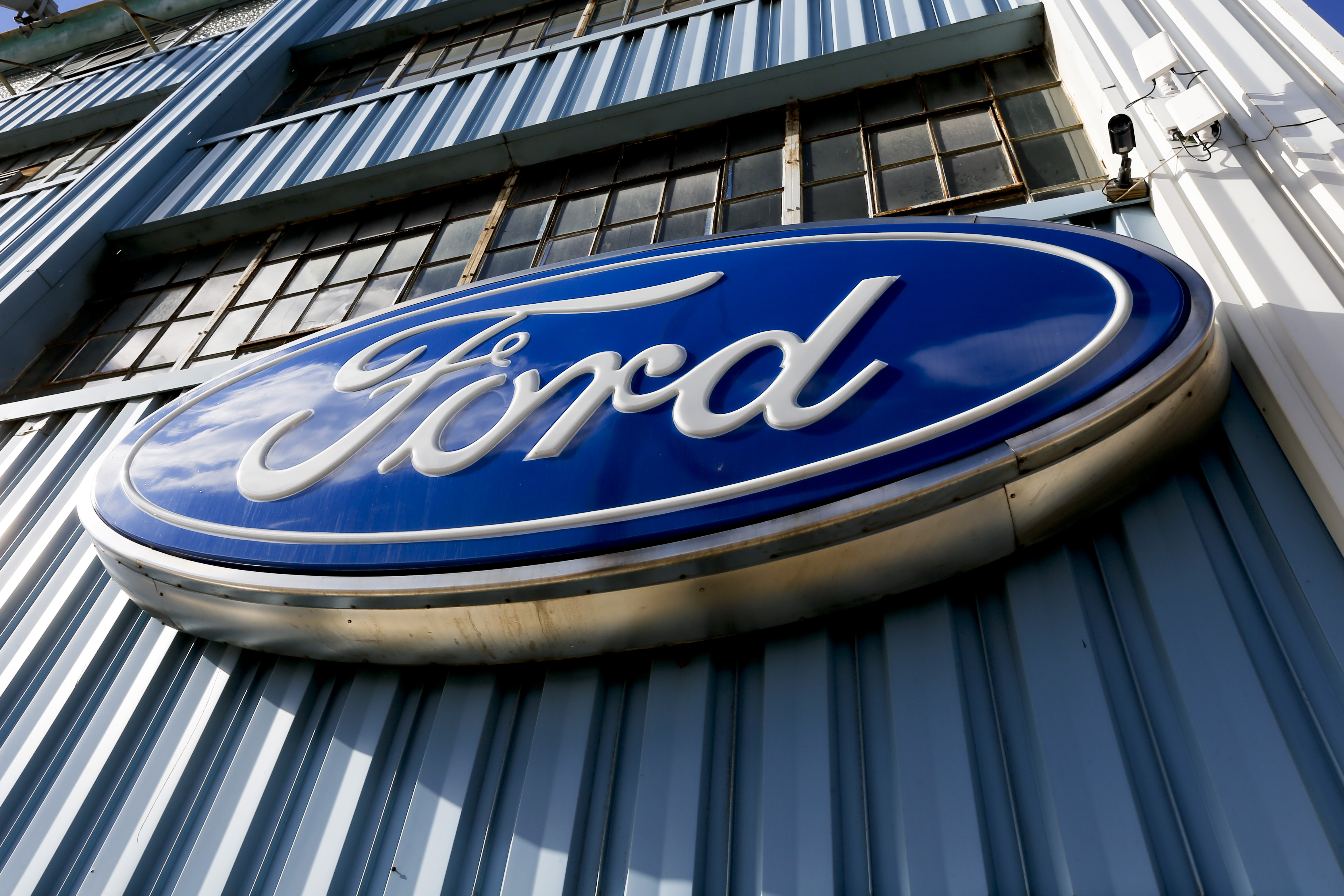 After Trump Pressured Ford Out Of Moving Factory To Mexico Company Decides Build The New Focus In China