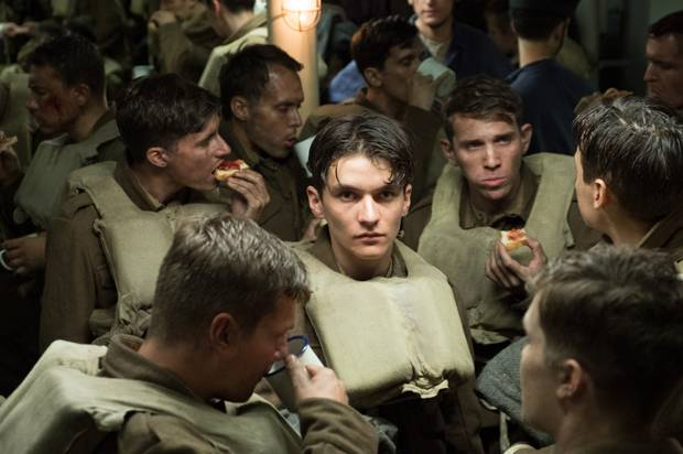 "Fionn Whitehead as Tommy in ""Dunkirk"""