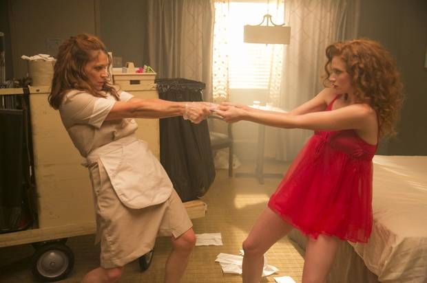 """Dendrie Taylor and Sarah Hay in """"Room 104"""""""
