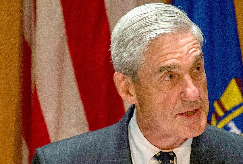 Robert Mueller's widening Russia probe is sweeping up Democrats