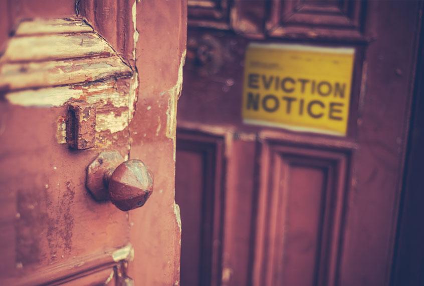 eviction-notice-door-0716201.jpg