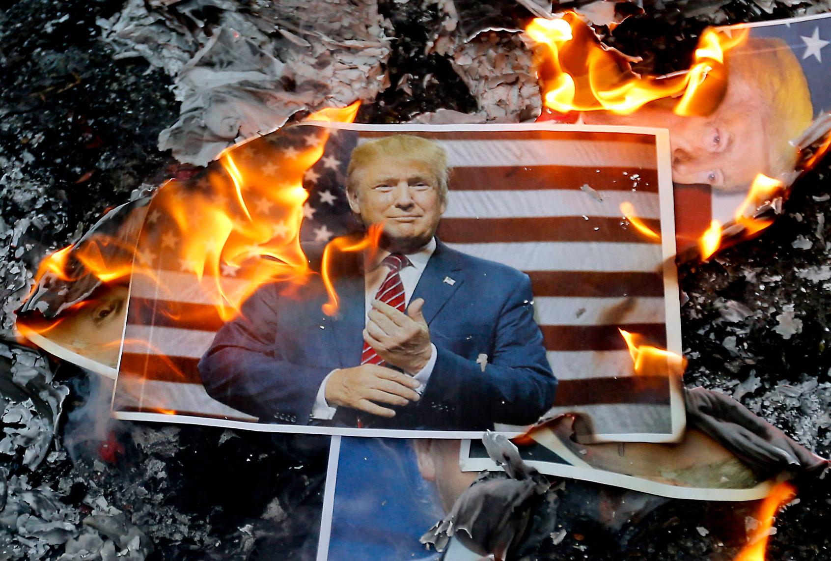 "Following Donald Trump's trail of dirty money: No ""smoking gun,"" but plenty of sleaze thumbnail"