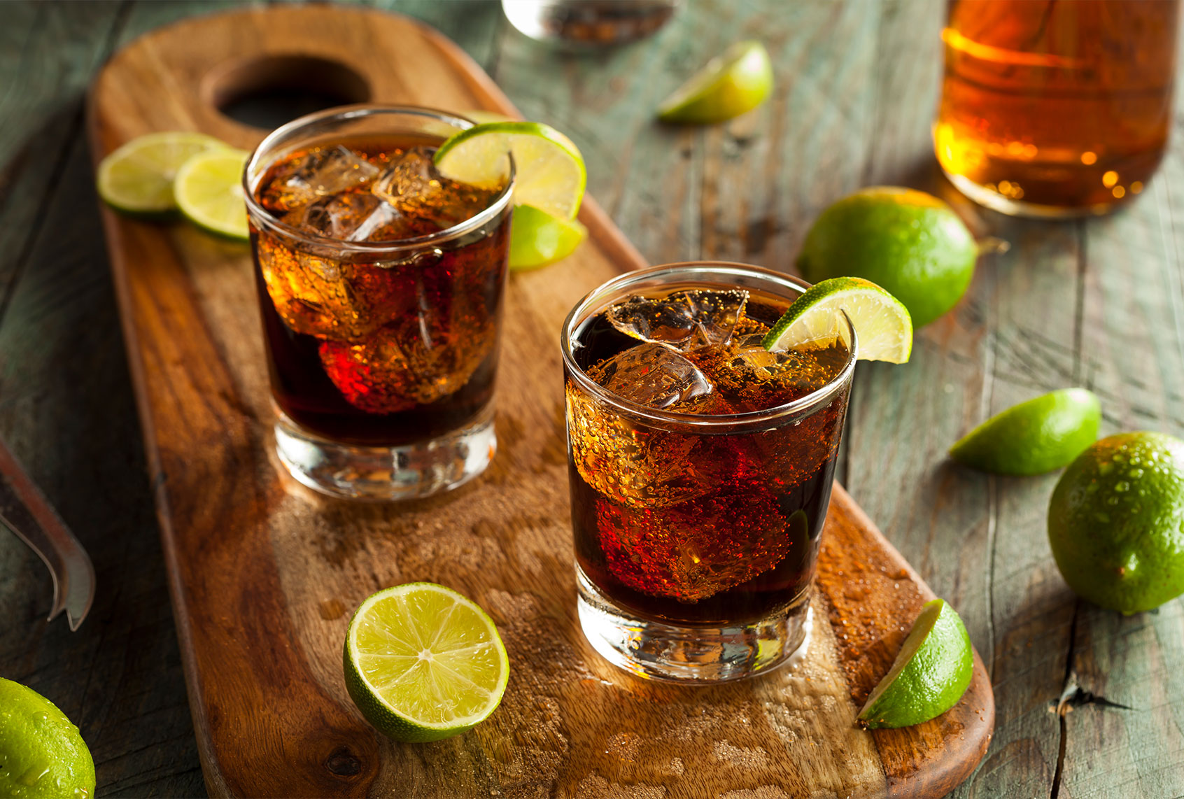 I am a bartender who loves rum and Coke. Here's why you should, too