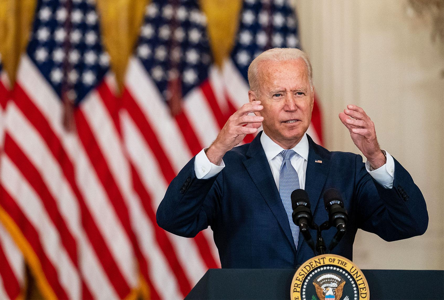"Biden decries ""outrageous"" treatment of Haitians at border — but keeps deporting them thumbnail"
